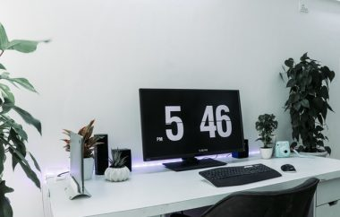 black-flat-screen-computer-monitor-and-black-computer-2565919